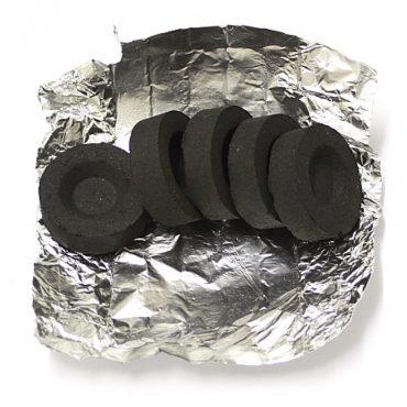 Разжигаем уголь для кальяна CoCoal Premium в домашних условиях